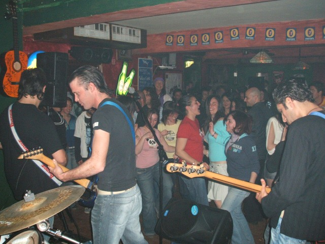 college-bar-band